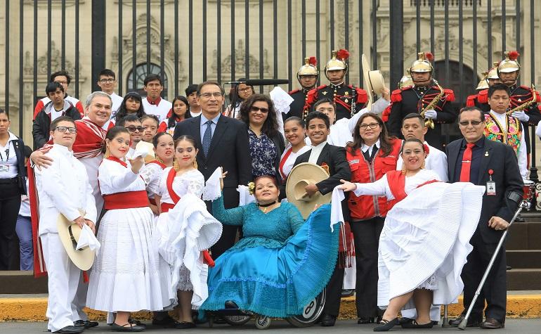 """Presidente de la República participó en ceremonia por el """"Día Nacional de la Persona con Discapacidad"""""""