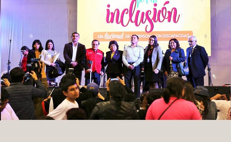 """CONADIS conmemoró """"Día Nacional de la Persona con Discapacidad"""" en el Coliseo Dibos"""